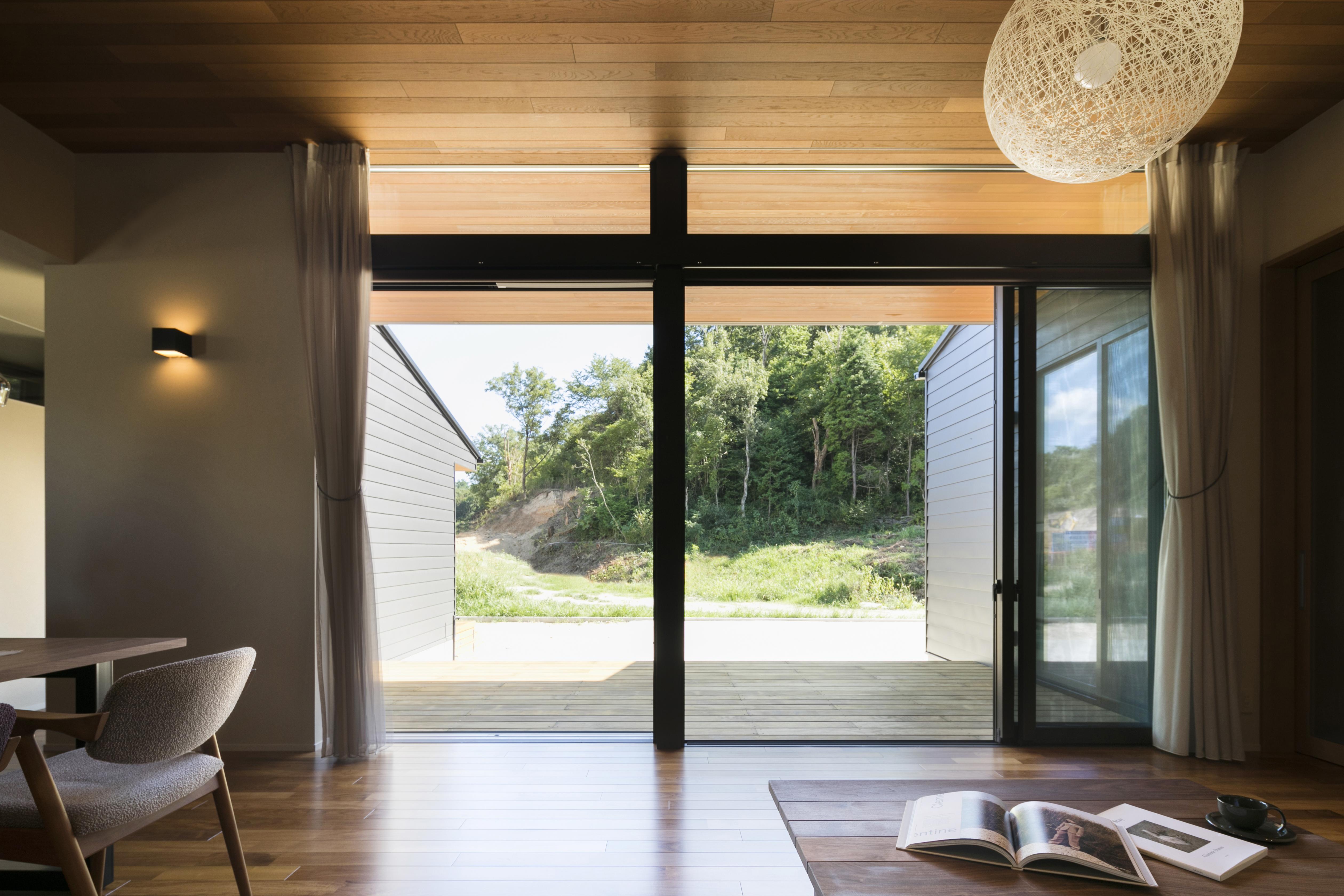 自然と文化を感じる家