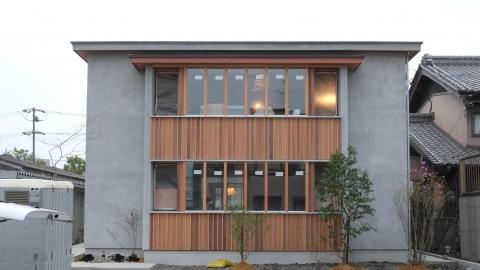 多世代が同居する住宅の完成見学会