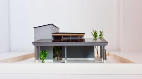 滋賀県草津市にて閉じながらも開放的に開くインナーガレージのある家の完成見学会を行います。