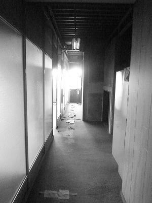 大阪市我孫子で 店舗コンバージョンのリノベーション前の写真