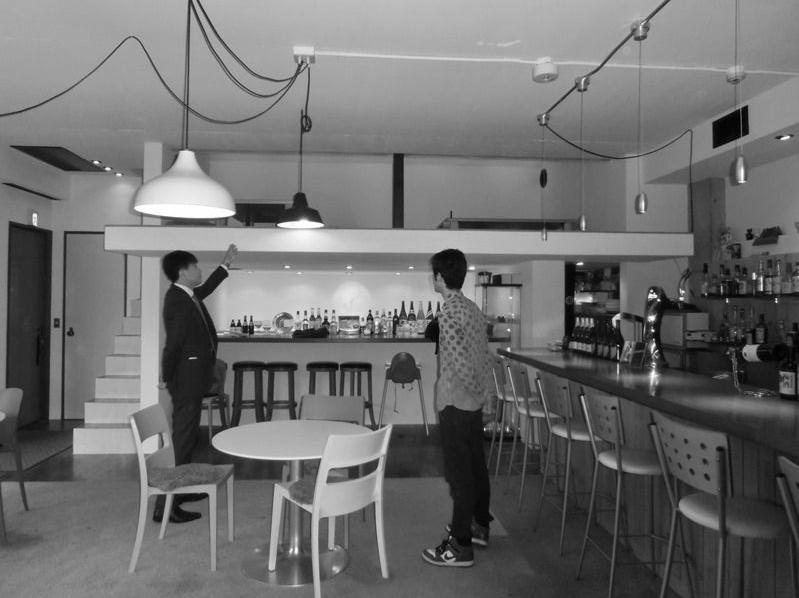 『CAFE&BAR COLR』厨房を拡張、カウンター席を個室にのリノベーション前の写真
