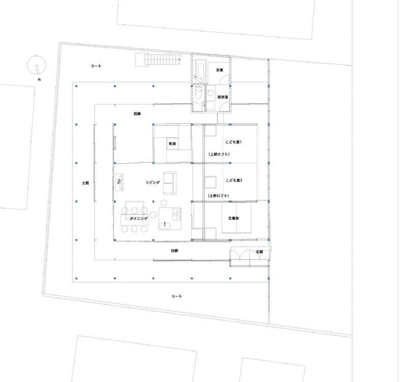 『菜園ののったフラット』3方向にひらいたコートハウスの間取図