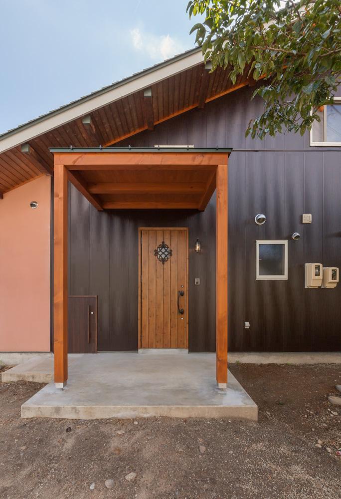 リノベーションの家 (玄関)