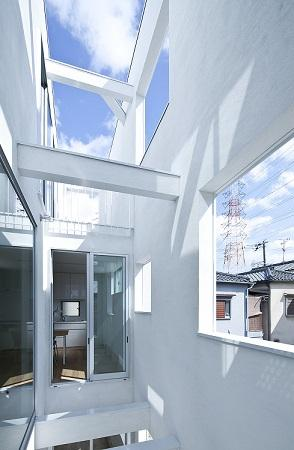 House Kの写真 開放的なルーフバルコニー
