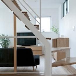 House K (オープン型階段)