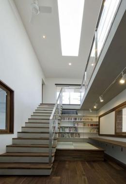 KS邸 (階段のスペースを活用したスタデイスペース)