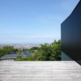 黒い家 (テラス)