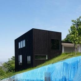 黒い家 (外観南西側)