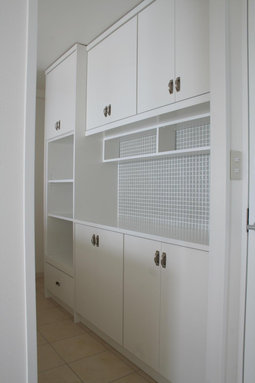 A邸 (タイルが可愛い造り付け収納棚)