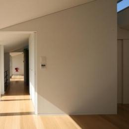 岩国の家 (光が差し込む寝室)