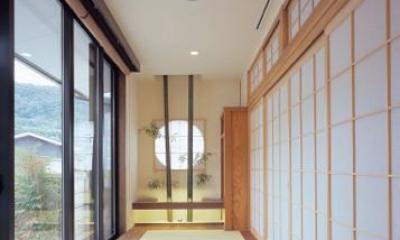 縁側を望む|東広島の家