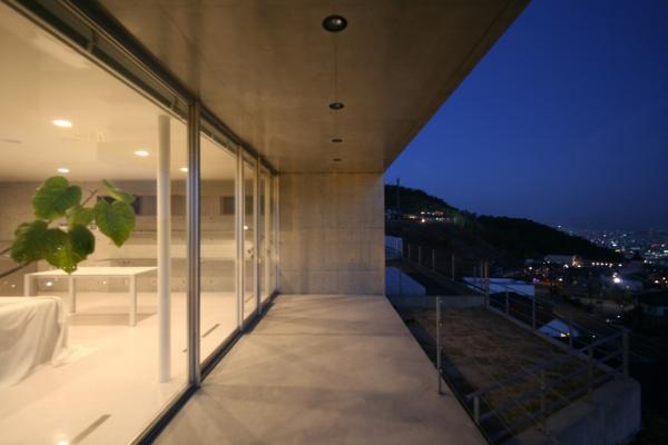建築家:春日琢磨「古田台の家」