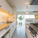 """積水化学 マルリノの住宅事例「""""部屋を独立させない""""発想で想像以上の広さと明るさを生み出すマンションリノベーション」"""
