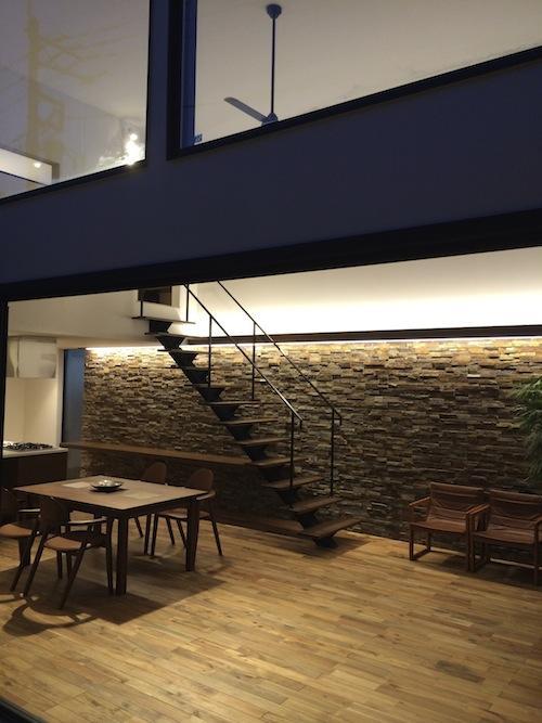 建築家:牧野嶋彩子「庭を抱きしめるいえ」