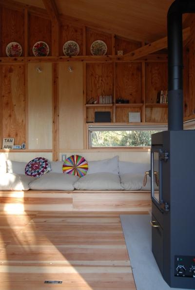 DIYを楽しむ (OUR CABIN OUR DIY~直営、DIYで小屋をつくる~)