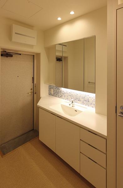 山王の住居(改装)の部屋 洗面室