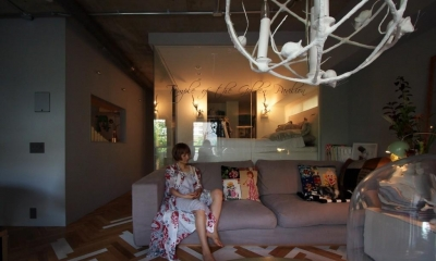 「あなたらしく。ファッションのように」F邸 (アートと洋服と家具がギャラリーのようにコレクションされている空間)