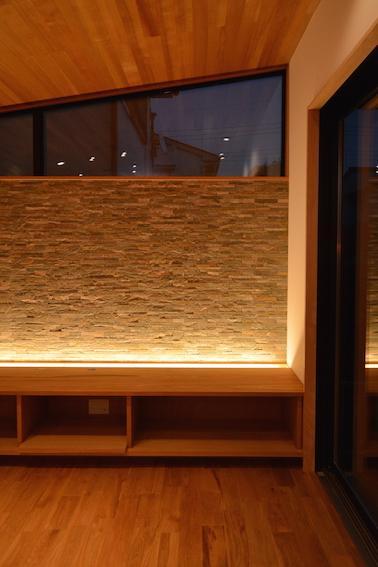 北鴻巣の家の部屋 リビング間接照明