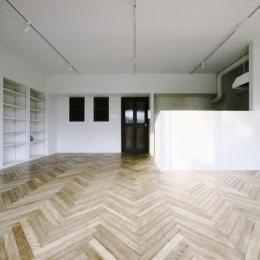 中古マンションリノベーション|Y様邸 (壁収納のある広々としたリビング)