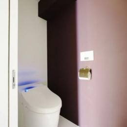 中古マンションリノベーション|Y様邸 (壁紙がアクセントカラーのトイレ)