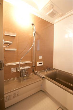 Re design Iの部屋 シンプルなバスルーム