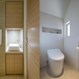 wanも楽しいリフォーム2 (手洗いスペース/白いトイレ)