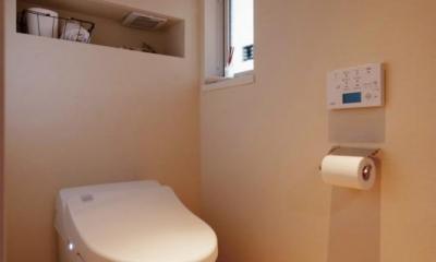 wanも楽しいリフォーム2 (シンプルな白いトイレ)