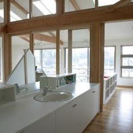 室内温室が楽しい!!土間テラスのある家