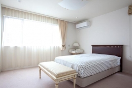 白金台の家 (寝室)