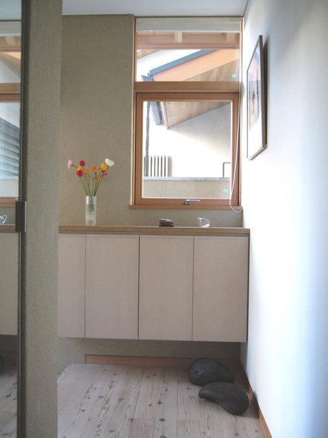浦和岸町の家の部屋 陽ざしを感じる玄関