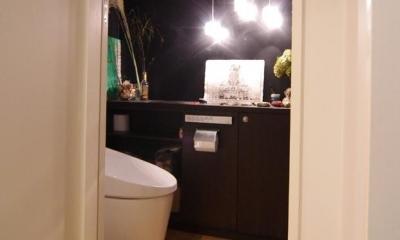 中古マンションのスケルトンリフォーム(東京 足立) (様々な工夫が凝らされたトイレ)