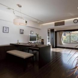 マンションリフォーム 千葉 (船橋 H HOUSE) (唐松無垢の床と漆喰の壁を使用したLDK)