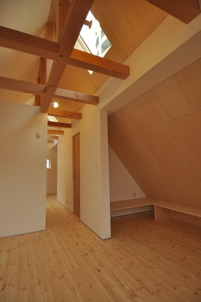 都市型狭小住居の部屋 寝室