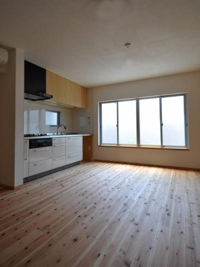 家事室を持つ家 (リビング・キッチン)