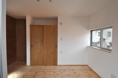バリアフリー3世帯住居 (居室内観)