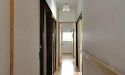 船底天井の家(リフォーム) (廊下)