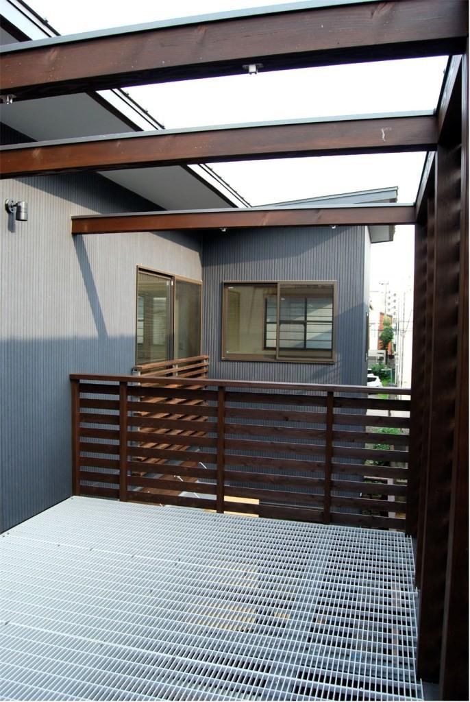 通り庭を持つ家の部屋 テラス