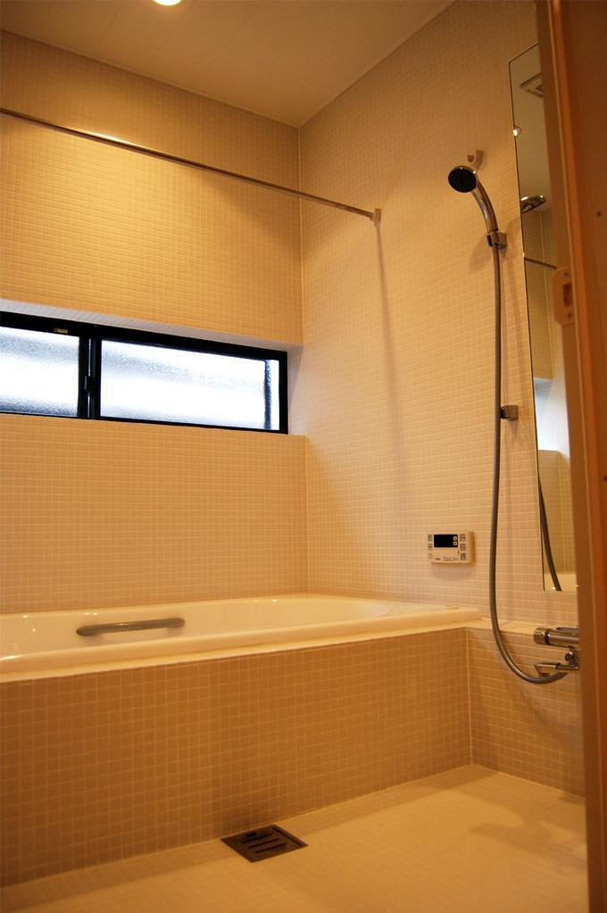 通り庭を持つ家の部屋 浴室