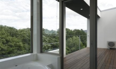 国見の家 (バスルーム)