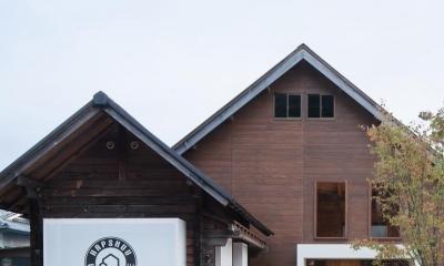 Hapshuu Cake & Cafe|材木倉庫を転用したケーキ屋さん【奈良県五條市】