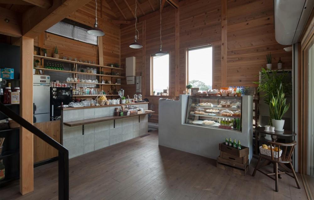 Hapshuu Cake & Cafe|材木倉庫を転用したケーキ屋さん【奈良県五條市】 (資材置き場をリノベーションしたケーキ屋さん)