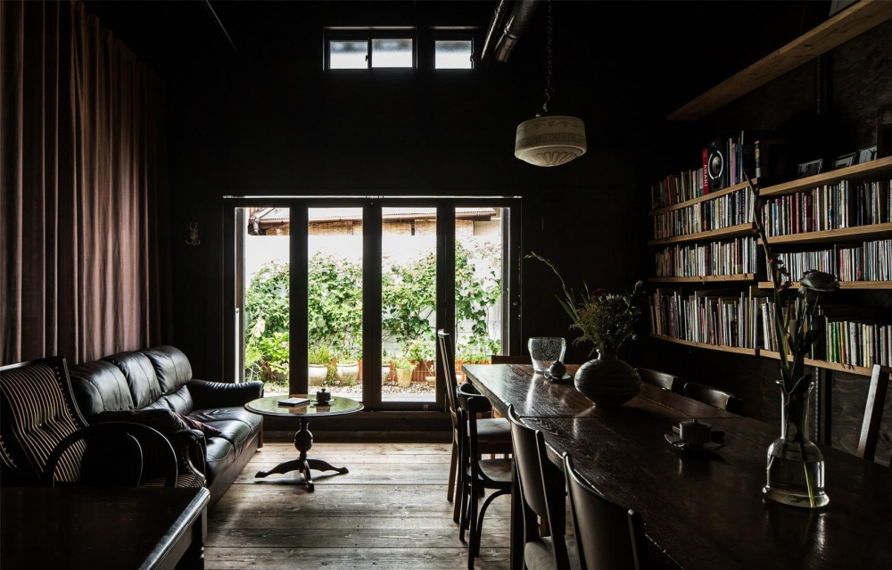 Cafe Franz Kafka (ならまちの町屋をコンバージョンしたブックカフェ。)