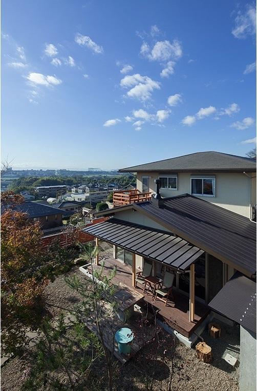 龍田町の家の写真 四季を通じて光や緑の変化を楽しめる空間