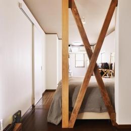 a邸・リビングをベストポジションにして、すがすがしく、片付けやすく・・・。 (1階 寝室)