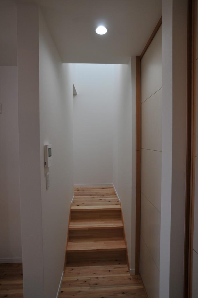 北諸県郡三股町N邸の部屋 階段