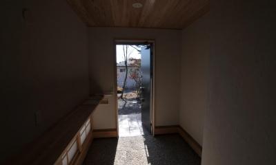 霧島市牧園町 H邸 (木製カウンター付き和風玄関)