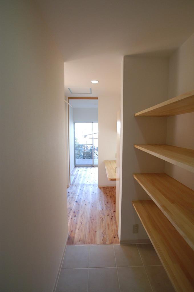 都城市 D邸の部屋 収納スペース