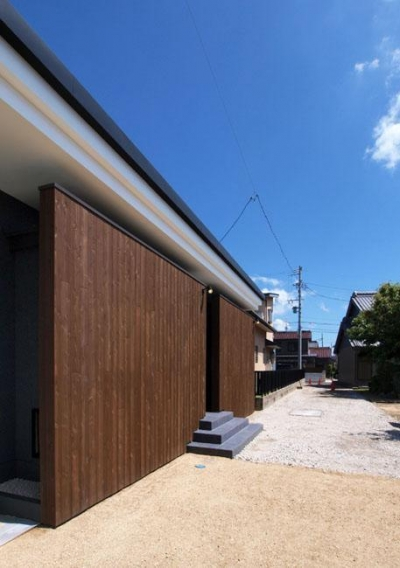 HOUSE SD 『木板塀の家』 (外観02)