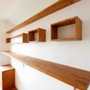 pure house 「光が溢れる仕掛け」の写真 飾り棚