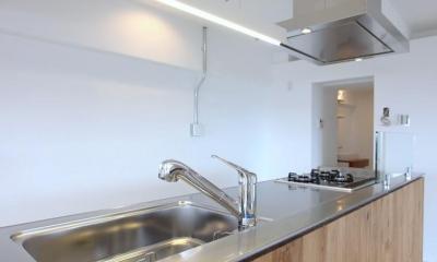 pure house 「光が溢れる仕掛け」 (キッチン)